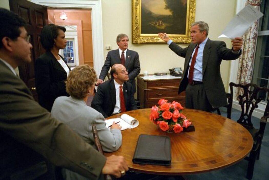 Fue así que Bush impuso el 'Acta Patriota', una ley que fue aprobada por...