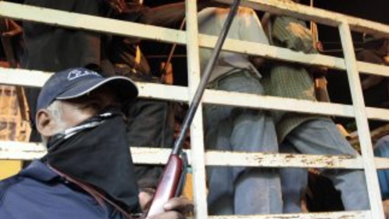 Los grupos de autodefensa en México afirman que no se retirarán hasta qu...
