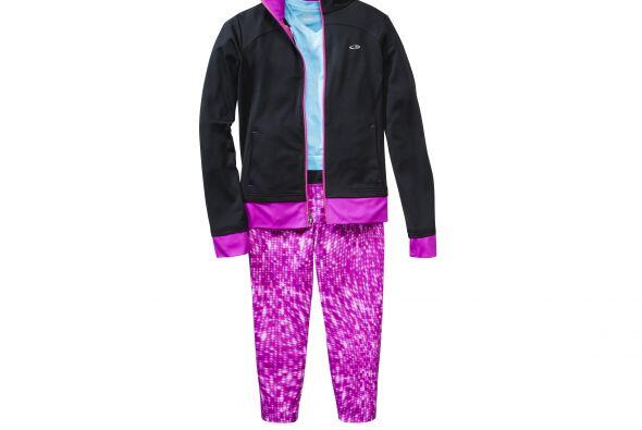 Si tu hija quiere un 'look' más deportivo pero aún as&iacu...