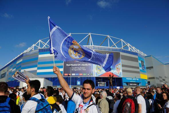 Cardiff estaba listo para recibir a los dos campeones de Europa a nivel...