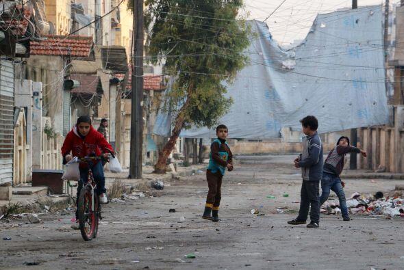 """En opinión de Lake, al cumplir el cuarto año de conflicto en Siria, """"la..."""