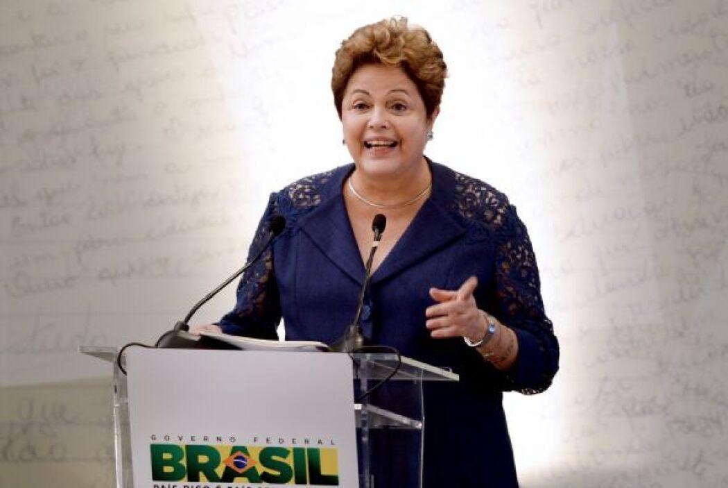 La presidenta de Brasil, Dilma Rousseff se colocó en el puesto número 20...