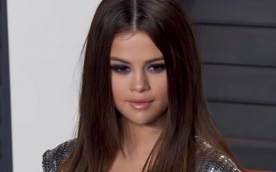 Selena Gomez se recupera durante tratamiento de salud mental