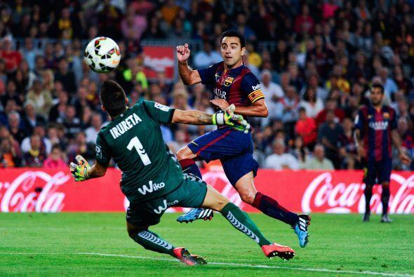 Luego vino el gol de Xavi. El Barcelona comenzaba a ganar 1-0.