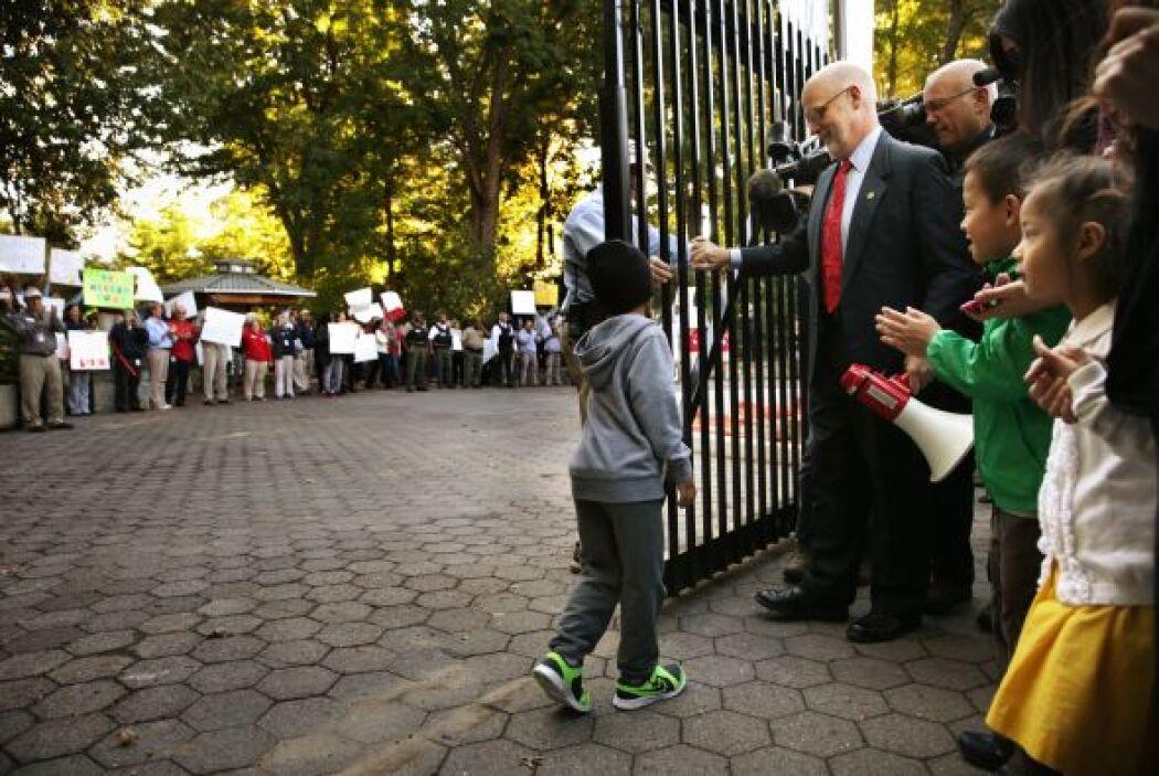 Los más entusiasmados fueron los niños cuando se reabrieron las puertas...