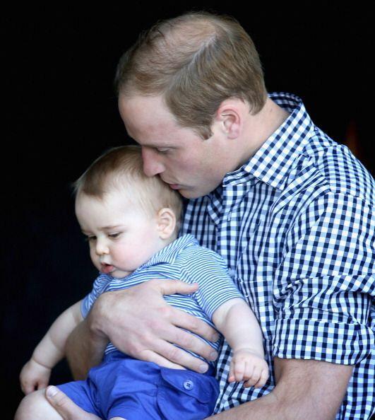 """George convirtió al príncipe William en """"un pap&aacut..."""