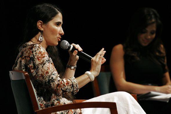 Enfatizó sobre el periodismo y la literatura en Cuba.