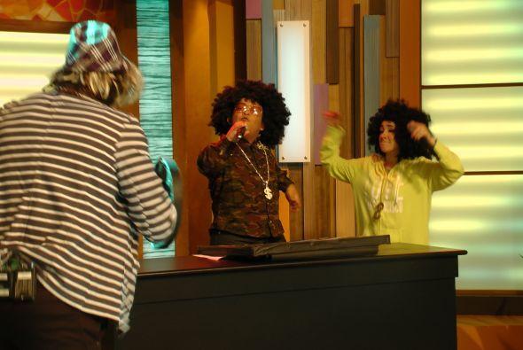 Llegó al estudio una de las mejores cantantes de hip hop, nos referimos...
