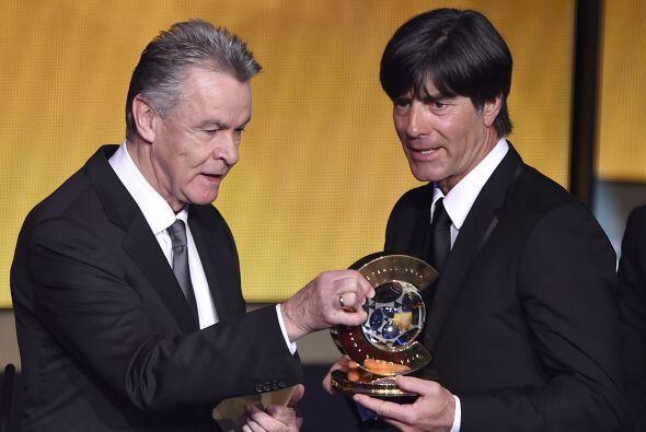 Joachim Löw, que llevó a Alemania a ganar la Copa del Mundo,...