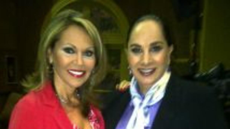 María Elena Salinas habló 'A fuego cruzado' con la actriz.
