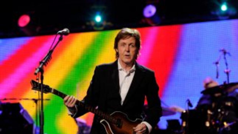 Paul McCartney reprogramó su gira luego de permanecer enfermo por un virus.