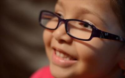 Azalia Sandoval, a pesar de su discapacidad, logra vencer los obstáculos