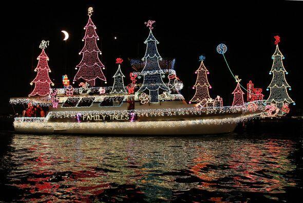 ¡Wow! Este bote seguramente se robó la atención de t...