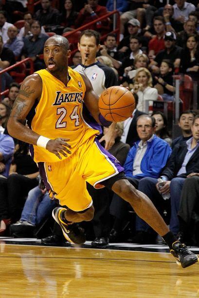 A Kobe puede que le queden dos temporadas más, incluyendo esta,  o sea u...