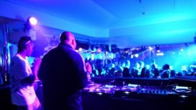 El origen de estas fiestas electrónicas se remonta a 2003, por iniciativ...