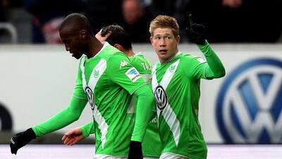El belga De Bruyne abrió el marcador para el triunfo del Wolfsburgo.