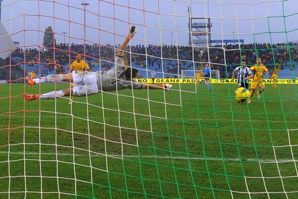Al minuto 76 un pequeño susto ya que el Siena se acercaba con un...