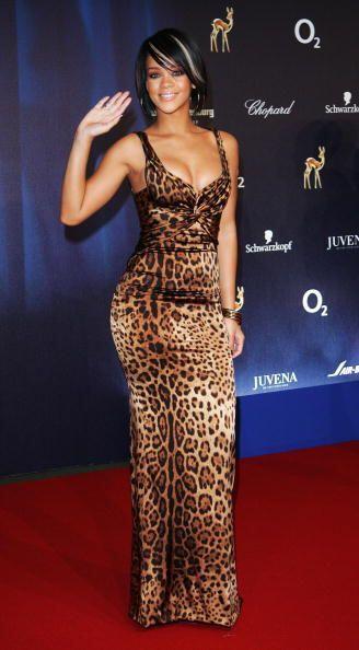 El lado salvaje de Rihanna le dio otro 'look' súper imitable y que solo...