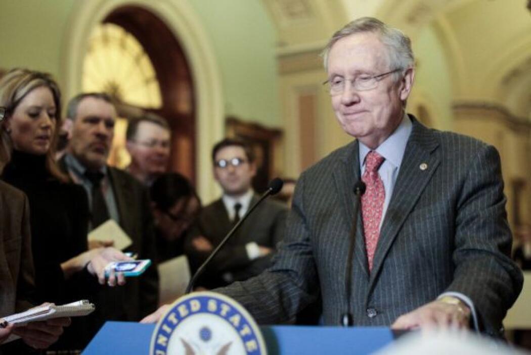 27 de junio. Por 68-32 el pleno del Senado aprobó la reforma migratoria...