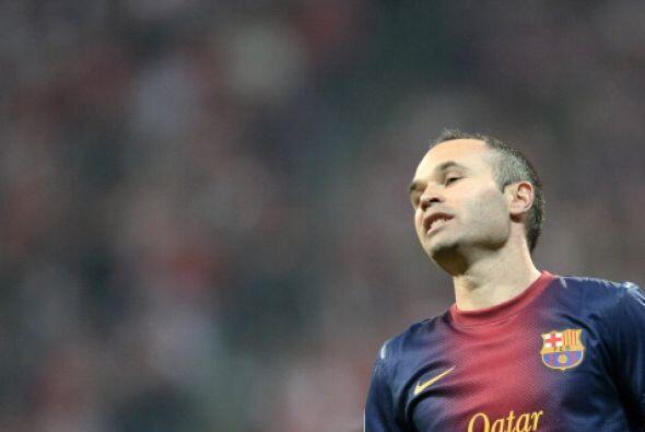 Tiene 30 años y su récord es de 60 goles, es español y juega para el FC...