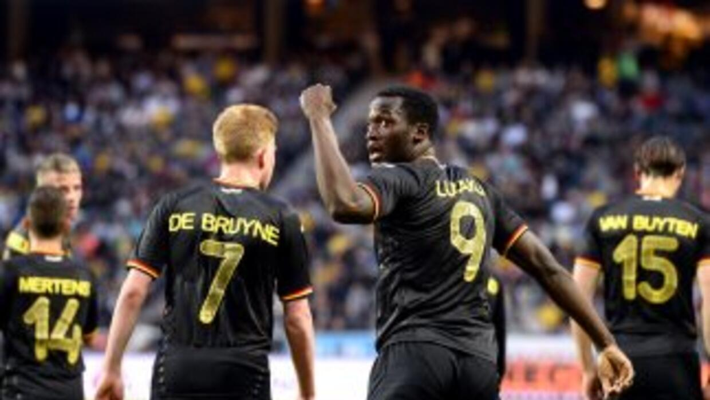 Romelu Lukaku marcó el primer gol de Bélgica.