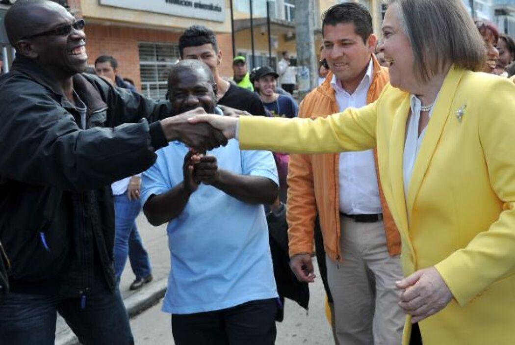 """La candidata de la izquierda Clara López, llamó a la ciudadanía a """"votar..."""
