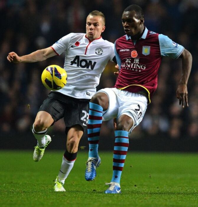 El partido fue parejo, pero Aston Villa llevaba más peligro.
