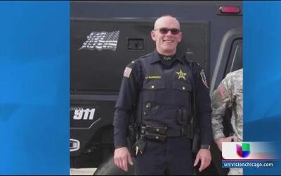 Continúa la búsqueda de los sospechosos de muerte de policía en Fox Lake