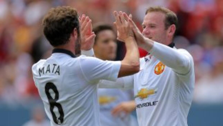 Rooney fue autor de dos de los goles del Manchester United.