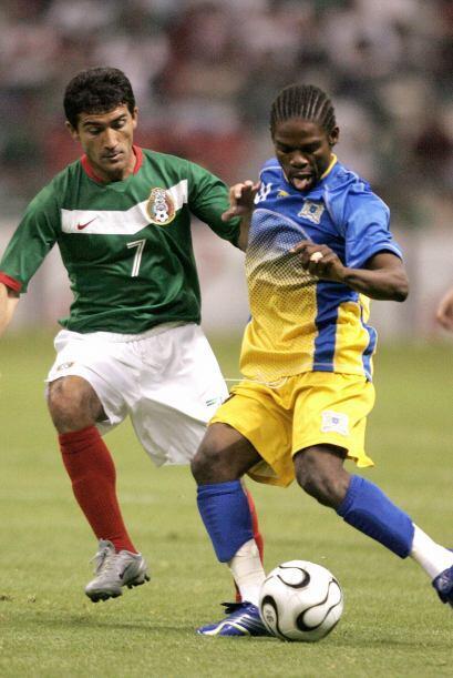 Para encarar el mundial de Alemania 2006, la selección entonces dirigida...