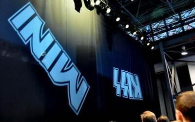 MINI USA se asoció con la legendaria banda KISS para realizar una gira b...