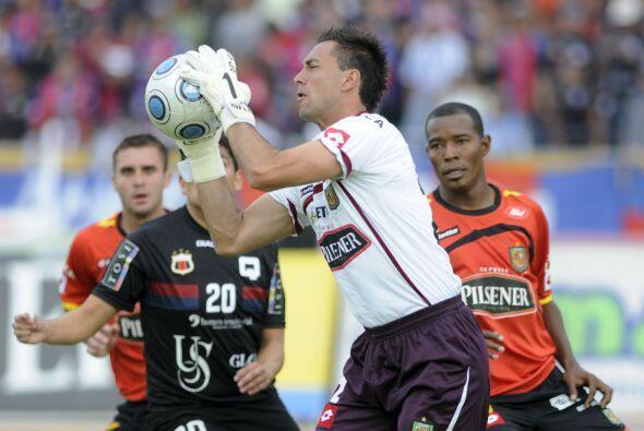 Esteban Dreer, el portero de origen argentino se presenta con el selecci...
