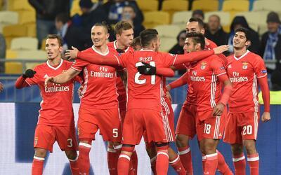 Benfica venció 2-0 al Dynamo Kiev