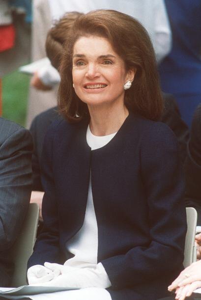 A casi 20 años de su muerte, Jackie Kennedy sigue siendo insnpira...