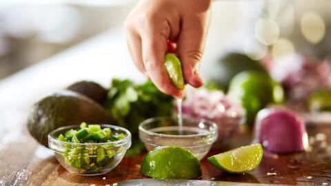 El limón podría ser tu mejor aliado para mantener una salud óptima