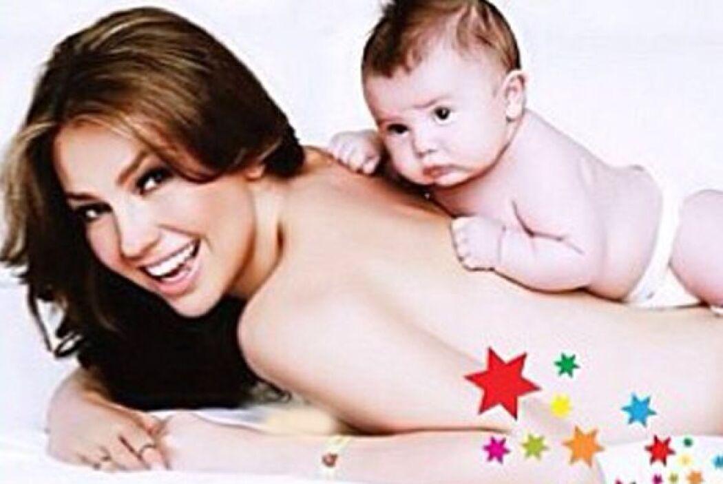 Aquí tenemos a una mamá actriz muy exitosa, Thalía.