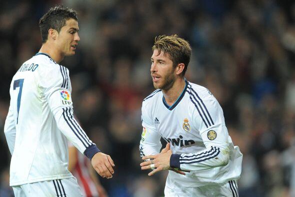 La zaga es encabezada por el jugador del Real Madrid, Sergio Ramos.