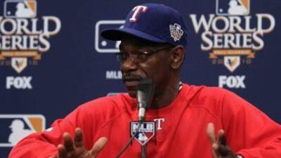 Ron Washington, timonel de los Rangers, tomó un respiro gracias a los cu...