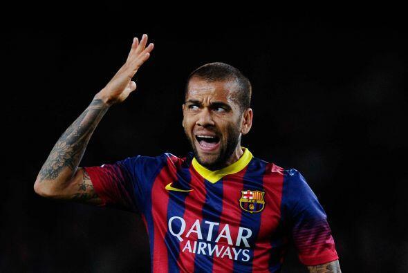 Dani Alves:  Alves es el paradigma de lo que le ha acabado pasando a muc...