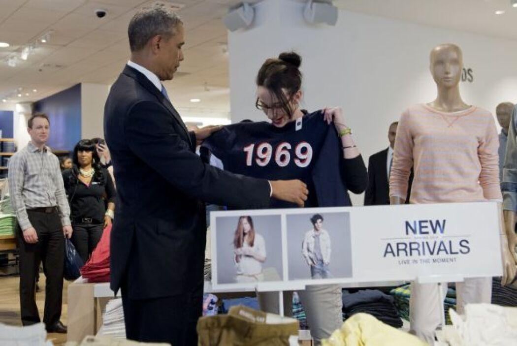 Para Michelle la vendedora sugirió una sudadera con capucha, pero Obama...