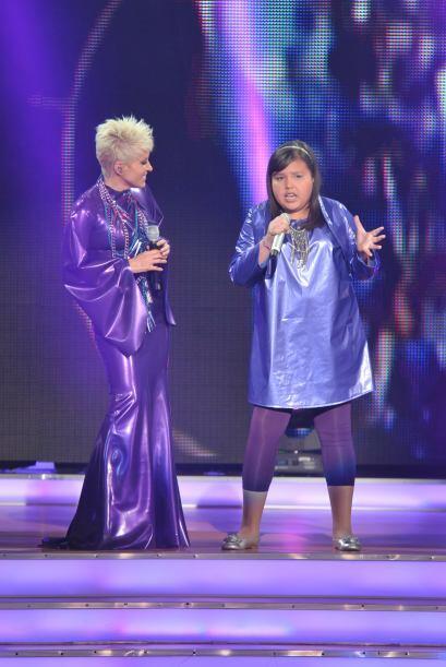 Y Dania le puso bastante pasión a su interpretación.