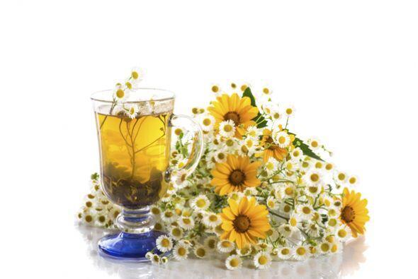 8.- Si estás bajo mucho estrés es recomendable que tomes té de manzanill...