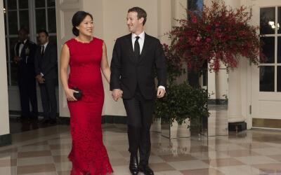 Mark Zuckerberg y su esposa Priscilla Chan