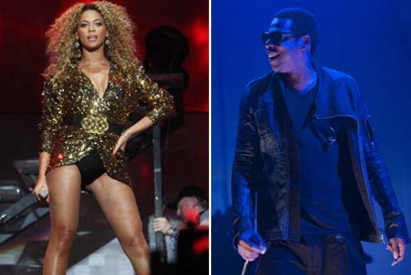 7.- Jay-Z y Beyoncé:Esta famosa pareja ha generado millones de dólares a...