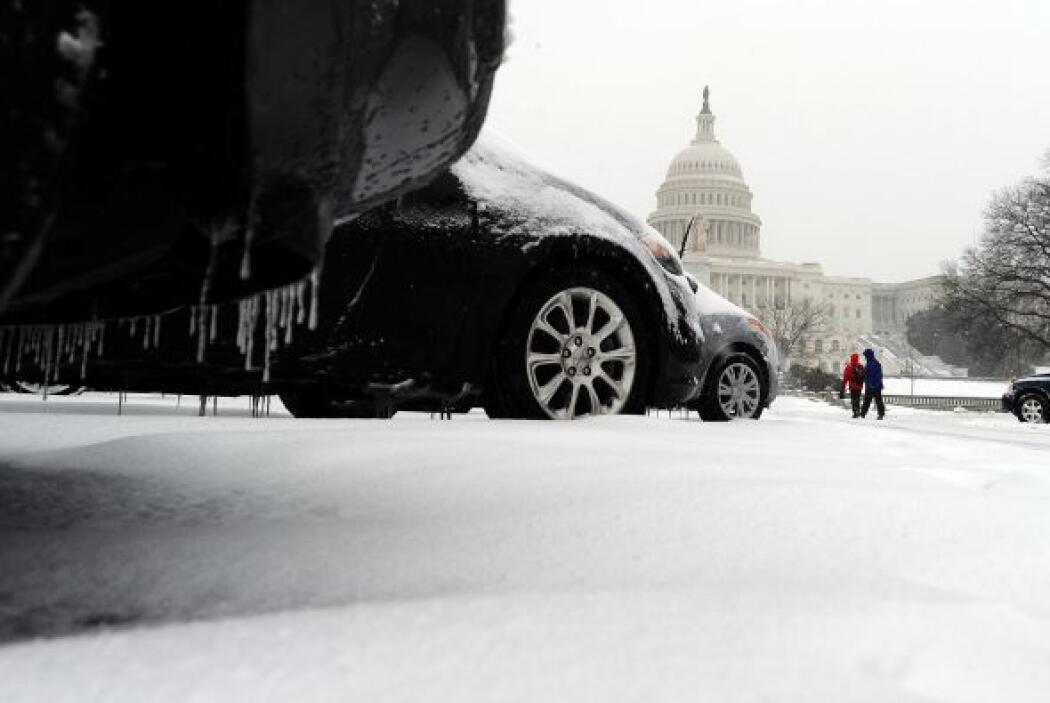 El mal clima forzó incluso a la Casa Blanca a suspender la habitual conf...