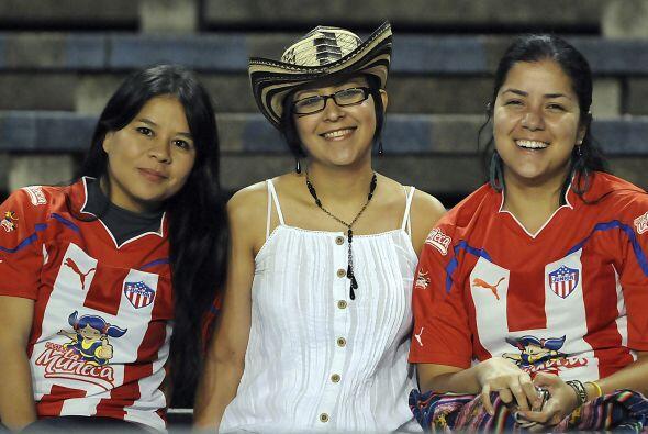 Trío de oro del Junior de Barranquilla, sonrisas y más sonrisas, aunque...