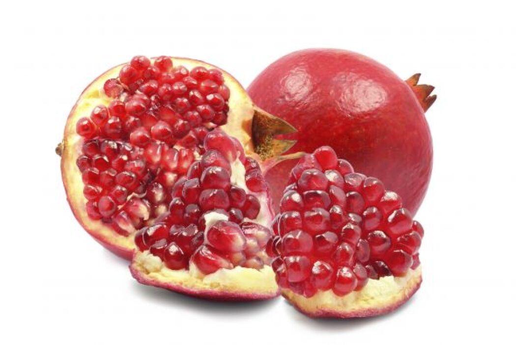 Las frambuesas, las cerezas, las uvas, los arándanos, las granadas, entr...