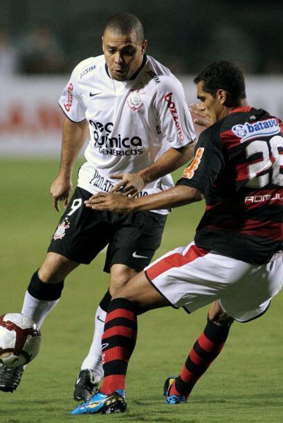 A pesar de los pesares Ronaldo y su Corinthians llegaron a pelear el tít...