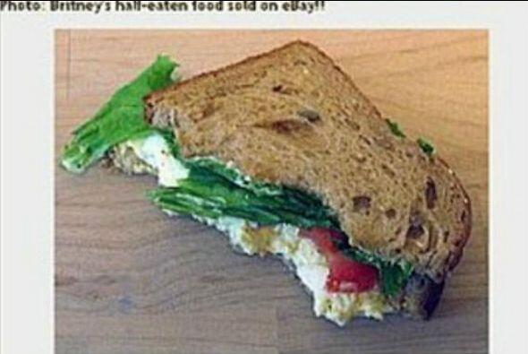 Un sándwich mordido por Britney Spears. El casino en línea Golden Palace...