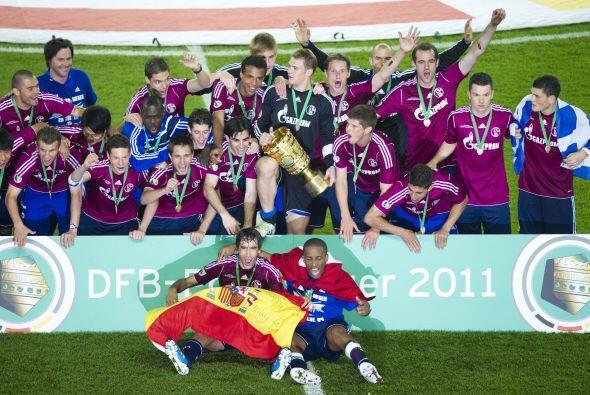 La Copa alemana fue ganada por el Schalke 04 después de que el eq...